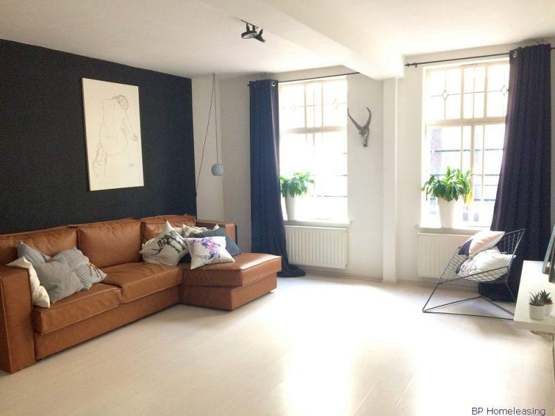 Home bp homeleasing - Gemeubileerde woonkamer ...